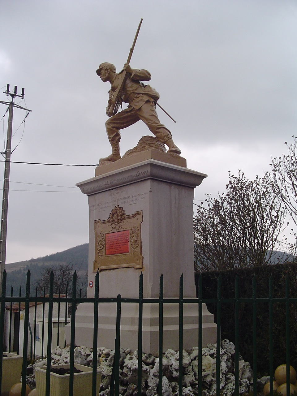 monument_a_villard_fontaine_2