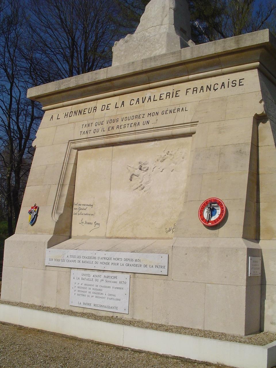 7_monument_de_floing